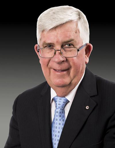 Ken Moores AM